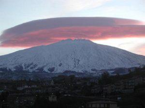 103 - Etna - Un anello di fumo all'alba