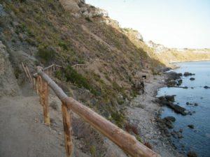 43 - Milazzo - Il sentiero verso la Tonnarella